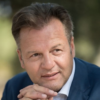 Francois Moulias, Compagnie des Amandes